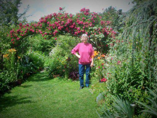 Im Garten von Viktor und Jolanda Kocar fühlen sich Menschen und Tiere äußerst wohl.