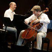 Das Cello, dieses treue, dicke Instrument