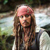 Depp besucht als Jack Sparrow kranke Kinder