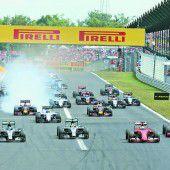 Vettel düpierte die Silberpfeile