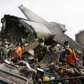 Kritik an indonesischer Luftwaffe nach Absturz