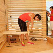 Studenten bauen in Andelsbuch ein Hotel