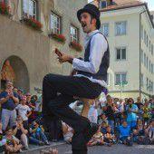 Kunterbunte Gaukelei in Feldkirchs Altstadt