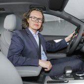 Scheinwerfer an für neuen Audi A4
