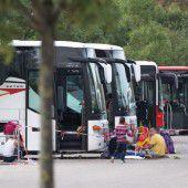 Wirbel um Migranten-Busse beendet