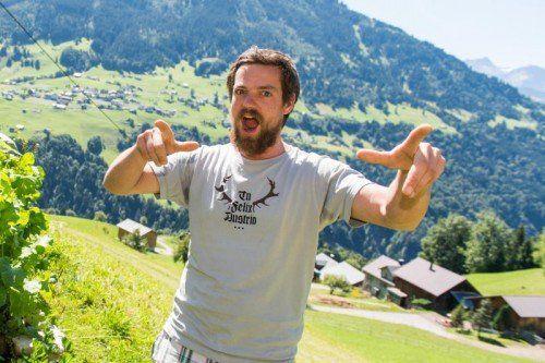 Berge im Hintergrund, Musik im Herzen. Nun sammelt Matthias Härtel für Traiskirchen.
