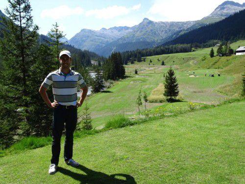 """Der erfolgreiche Golfspieler Manuel Trappel fungierte als """"Golf Testimonial"""" in Zug."""