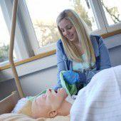 Neuer Vorstoß für Pflegelehre