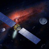 Zwergplanet Ceres lässt Forscher rätseln