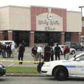 Angreifer in US-Kino erschossen