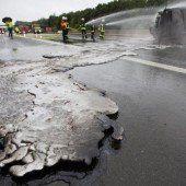 Autobahn in Brand geraten