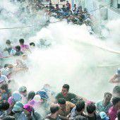 Zusammenstöße zwischen Migranten und Polizei auf Ferieninsel Kos