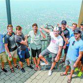 Dornbirner Eishockeycracks erkunden den Karren
