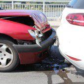 Unfall mit drei Autos in Lustenau
