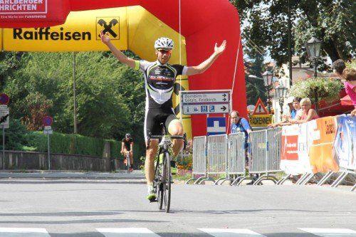 Grischa Janorschke bescherte dem Radteam Vorarlberg einen Heimsieg bei der 40. Auflage von Rund um Vorarlberg.