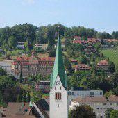 Feldkircher Dom St. Nikolaus mit neuem Anstrich