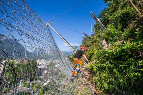 Im Land wird fortlaufend in Steinschlagschutz investiert.