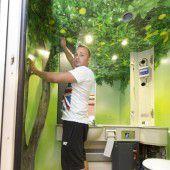 Im WC wachsen Bäume