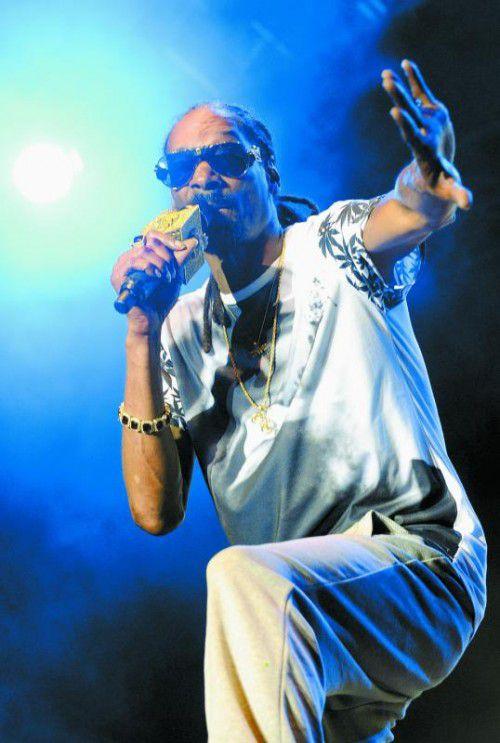 Snoop Dogg ging mit jeder Menge Geld auf Reisen.
