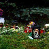 Trauerfeier für 17-jährige Anneli