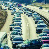 Gute Verbindungen: Weniger Autos im Land