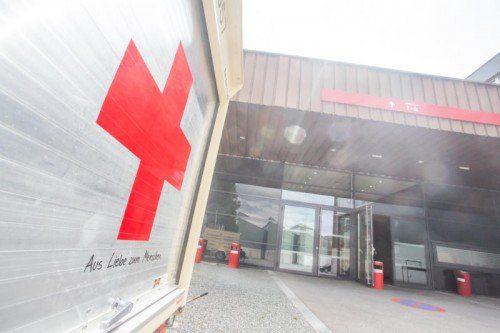 20 Sanitäter des Roten Kreuzes fahren nach Wien.