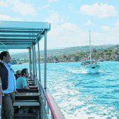 Bootsfahrt an der Küste