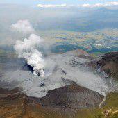 Vulkan Aso im Süden Japans ausgebrochen