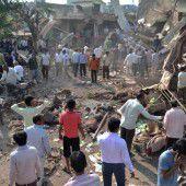 88 Tote bei Explosion in indischem Restaurant