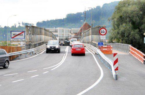 Die Ersatzbrücke muss zwischen Höchst und St. Margrethen wohl noch länger in Betrieb sein.