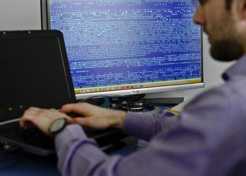 Die Fälle von Cyber-Attacken nehmen in Europa zu. Experten beraten über wirksame Strategien gegen die Internetkriminalität.