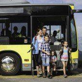 Bus und Bahn als Herbstattraktion