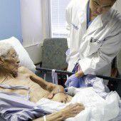 Verbrannte Hand durfte am Bauch des Patienten heilen