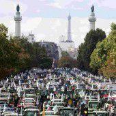 Proteste gegen Preisverfall: Bauern rollen mit Traktoren nach Paris