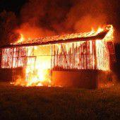 Scheune in Flammen