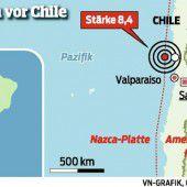 Starkes Beben und Flutwelle in Chile
