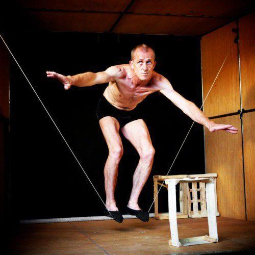Im Freudenhaus wird Akrobatik erneut zur Kunst.