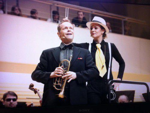 Kommissarin Flunke übernimmt einen neuen Fall und trifft dabei auf das Symphonieorchester Vorarlberg.