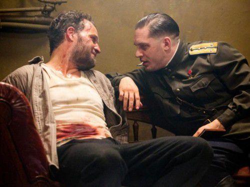 """Leo Demidow (Tom Hardy) stellt in """"Kind 44"""" die Grundsätze des stalinistischen Regimes in Frage und durchlebt mit seiner Frau schwere Zeiten."""