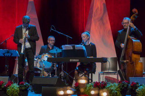 Spielten beim Festakt auf: Theresia Natter und befreundete Musiker.