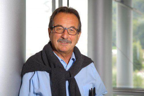 Walter Eberle ist Innungsmeister der Vorarlberger Bodenleger. Ihm liegt die Ausbildung des Berufnachwuchses am Herzen.