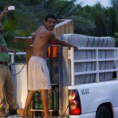Hurrikan Patricia  rast auf Mexiko zu