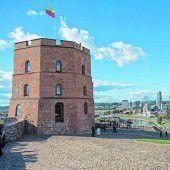 Gediminas-Turm über der Stadt