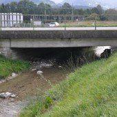 Neue Brücke über den Ratzbach