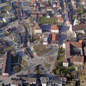 Ems nimmt den Schlossplatz in Angriff