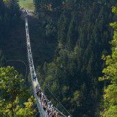 360 Meter lange Hängeseilbrücke