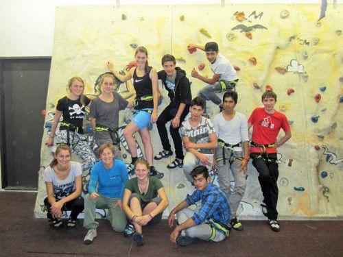 Die Jugendlichen konnten sich bei ihren Versuchen an der Kletterwand besser kennenlernen.