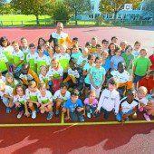 Volksschüler in Lochau trainierten mit kenianischen Marathonläufern