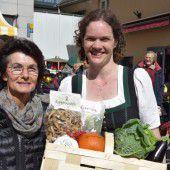 Bauernmarktfahrer unterstützen Familie
