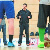 Debüt für Coach Dejan Ljubinkovic gegen den Meister